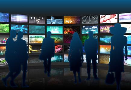 digital signage de unas pantallas de led transparente. La mejor manera de aprovechar la creatividad que permite el led junto con las ventajas de la transparencia